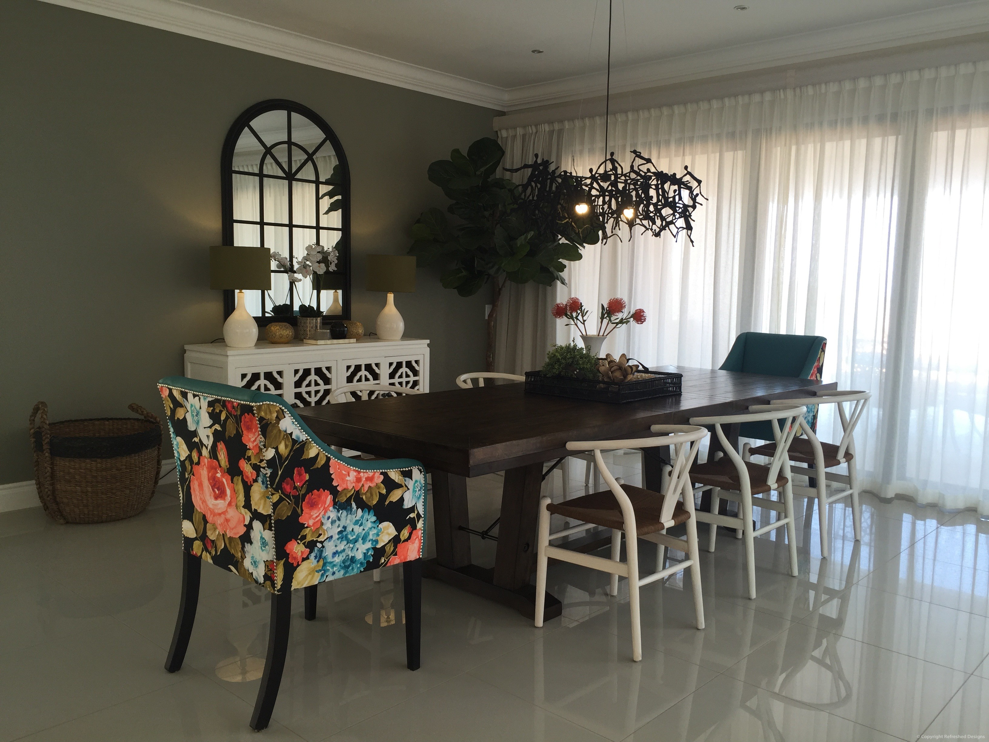 Refreshed Designs, Dining room, double volume, book case, single seaters, handelier, furniture, sutherlands SHF
