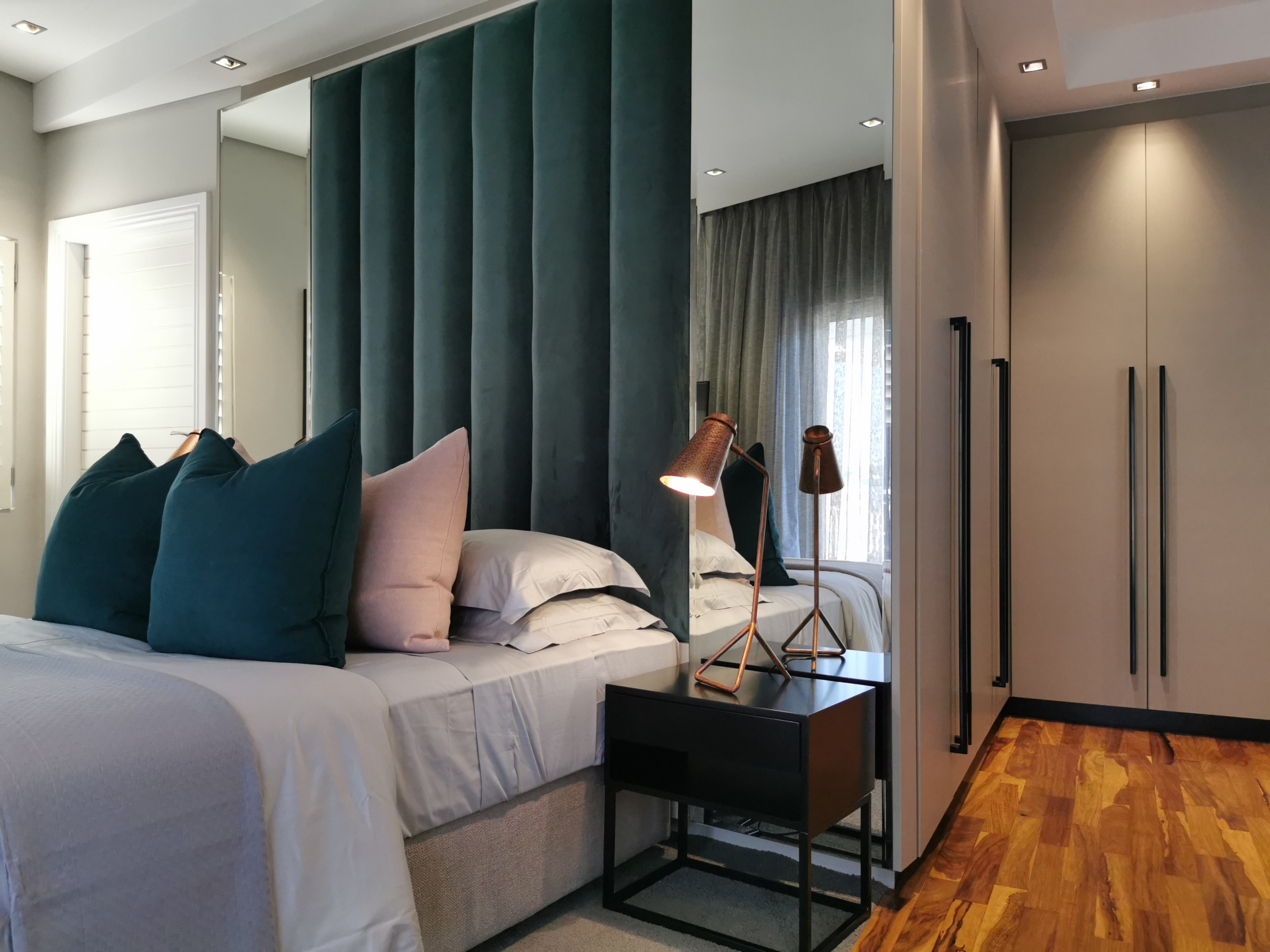 Refreshed Designs- House Sivalingam, Guest Bedroom 1